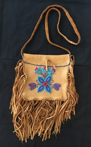 Image of beaded Possibles Bag.