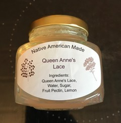 Image of jar of Queen Anne's Lace jelly.